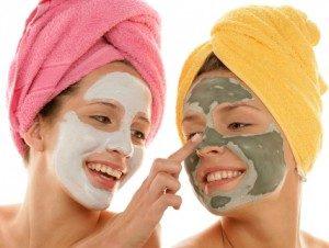 Глиняные маски: белая глина