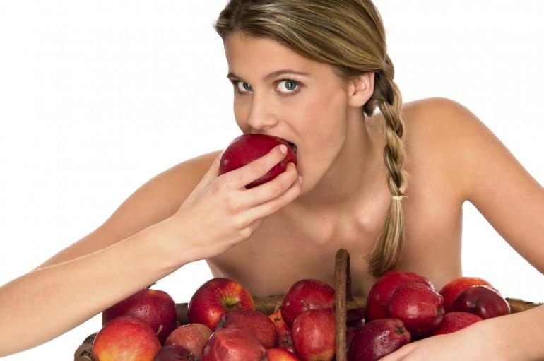 Как есть фрукты и почему важно это делать правильно