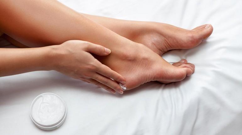 Запах ног - причины и способы лечения
