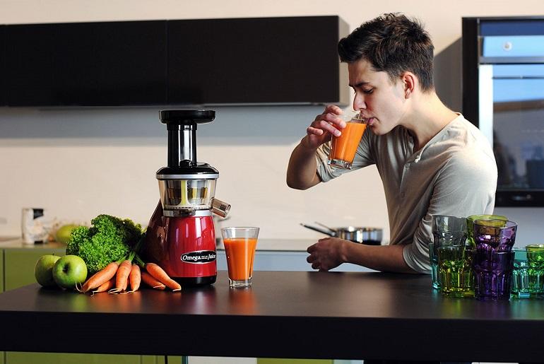 Преимущества свежевыжатых соков