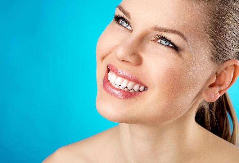 Способы для отбеливания зубов дома