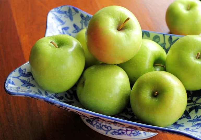 Способствуют Ли Зеленые Яблоки Похудению. Можно или нет есть яблоки для похудения, полезные свойства и оптимальное количество для употребления