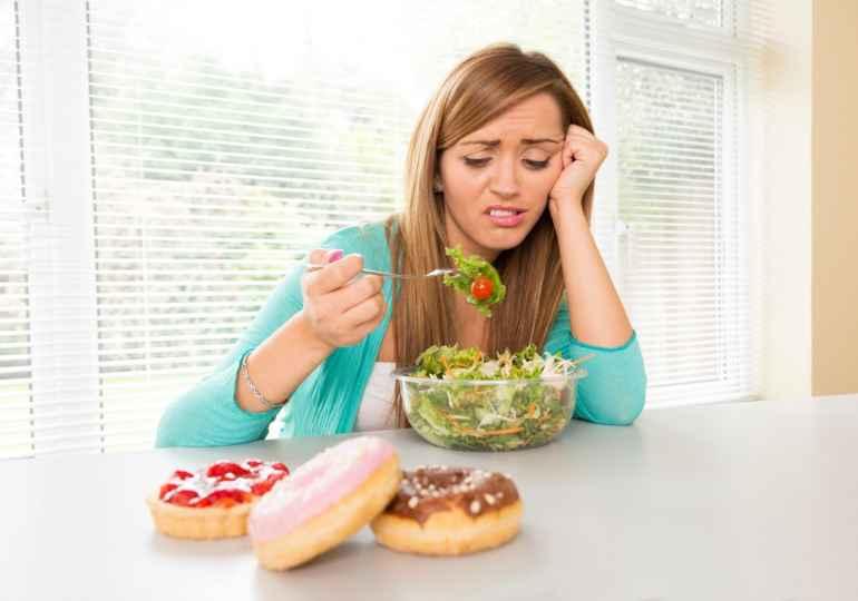 Похудела Отказавшись От Вредных Продуктов. Можно ли похудеть, если не есть хлеб и сладкое: как быстро, меню на день, результаты за неделю и месяц