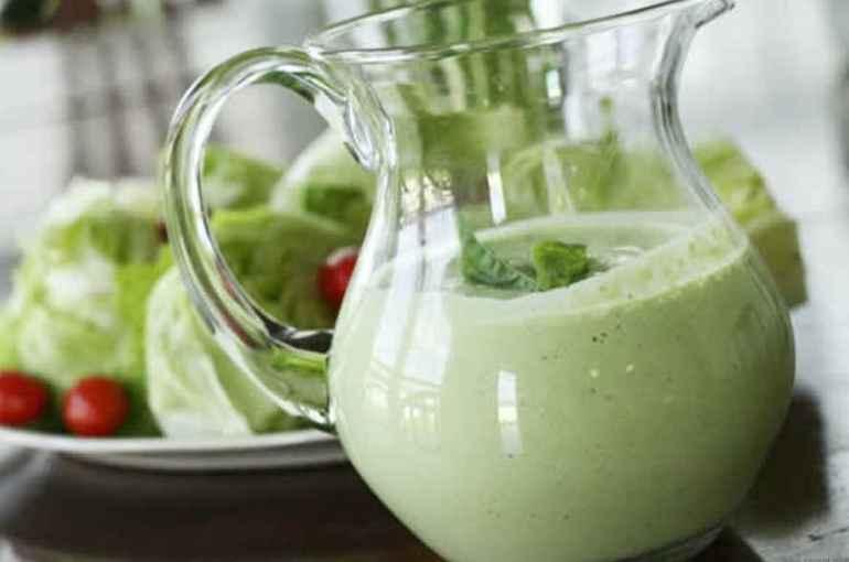 Долой майонез: 5 легких и вкуснейших соусов для салатов чтобы разнообразить диету каждый день