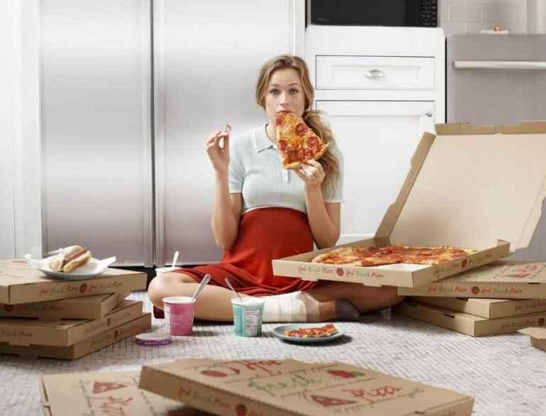 Что такое эмоциональное переедание и почему так тяжело с ним справиться