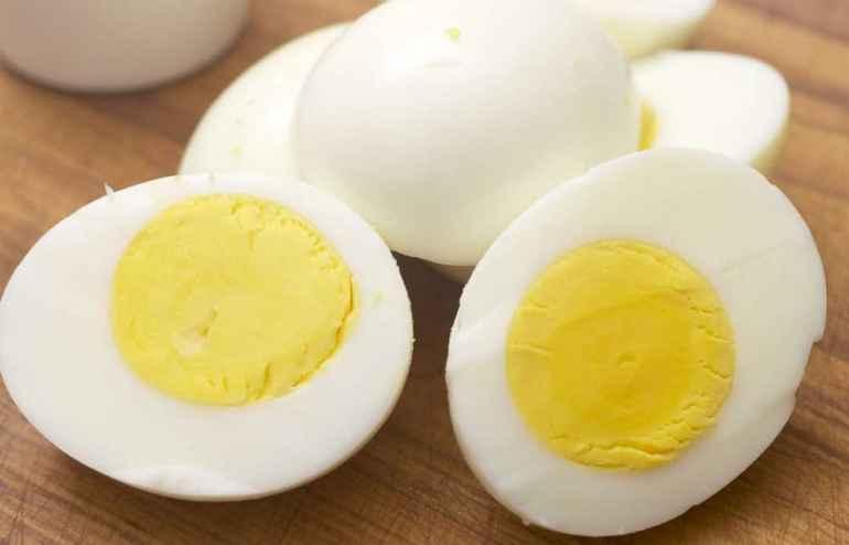 Почему на диете надо есть яйца без желтков