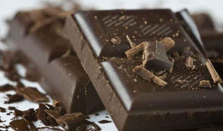 10 причин заменить любимые сладости на горький шоколад