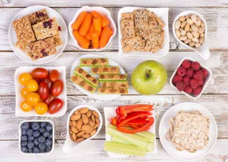 Не многим известно, что львиную долю калорий можно набирать перекусами, а не основными блюдами. В статье представлены пять наиболее популярных
