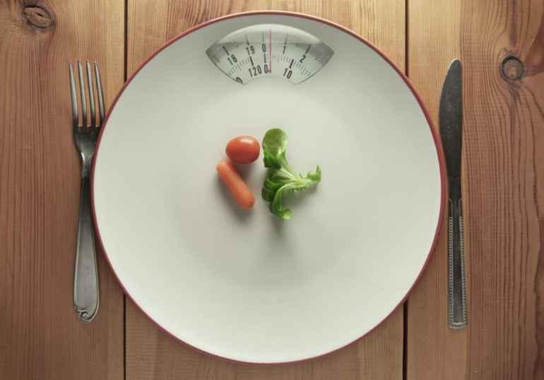 """""""Как приучить себя класть меньше еды на тарелку?"""""""