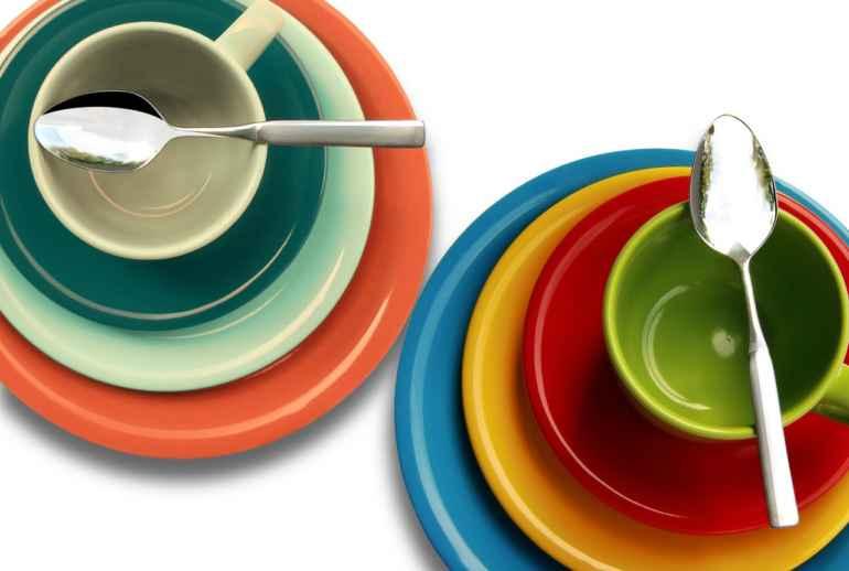 Как цвет и размер тарелок влияет на аппетит во время диеты