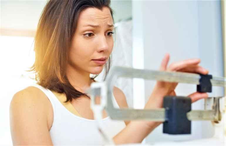 5 вредных привычек, которые никак не дают вам похудеть