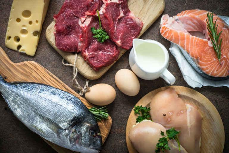 Существует распространенное мнение о вреде жирных продуктов, вредном холестерине, и вероятности быстро поправиться, при употреблении жирной пищи. Известно 5 мифов о жирных продуктах,