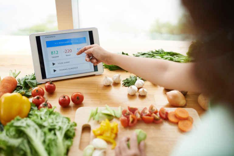 Как научиться не обманывать себя при подсчете калорий на диете