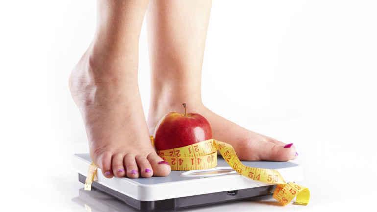 Нужно ли взвешиваться во время похудения