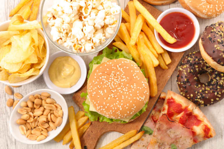 Продукты с сомнительной пользой, которые вряд ли одобрят диетологи