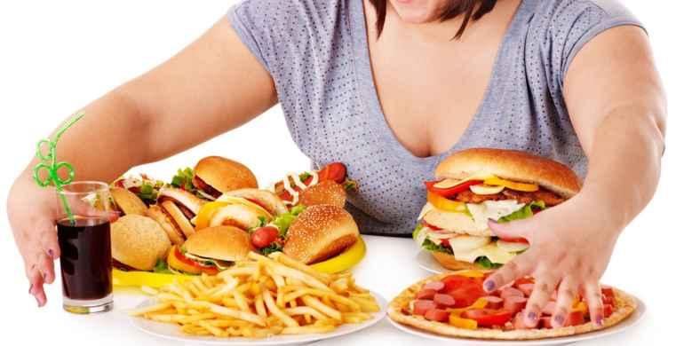 5 вариантов пищевого поведения, которые неизбежно приводят к лишнему весу