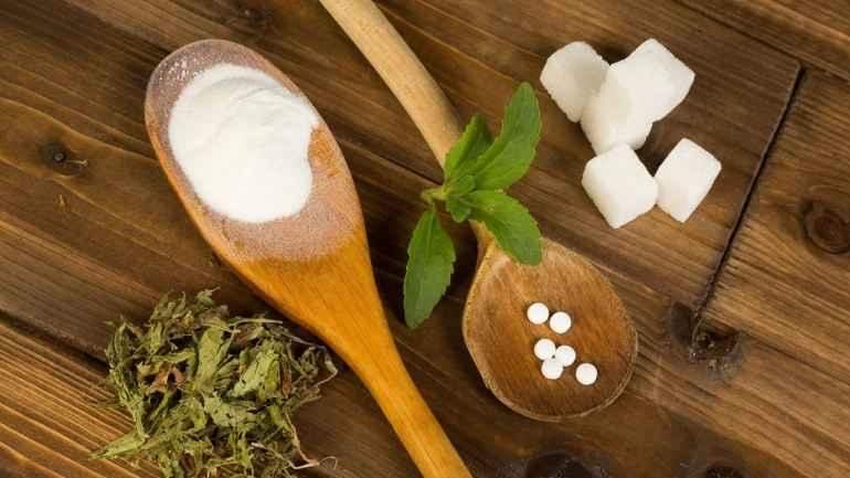 Какие бывают сахарозаменители и стоит ли им доверять