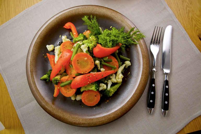 Много не бывает: 5 идей замены привычной еды овощами чтобы снизить калорийность блюд