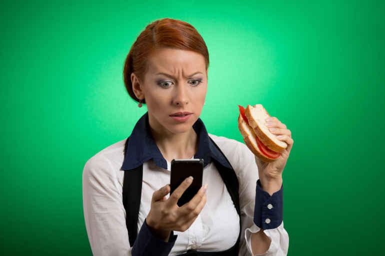 5 причин почему нельзя есть в спешке, если хочется похудеть