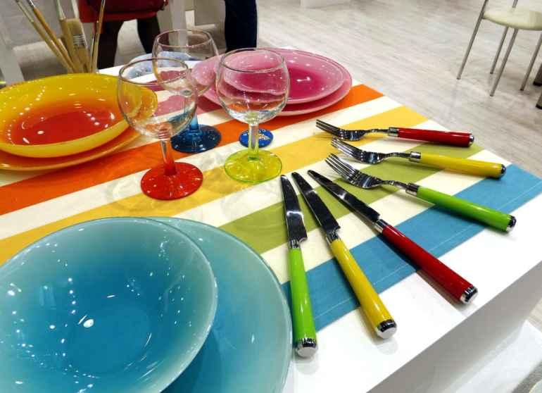 Как выбрать цвет посуды, чтобы не переедать