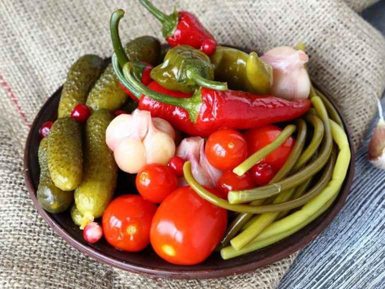 Почему не стоит отказываться от солений тем, кто хочет похудеть