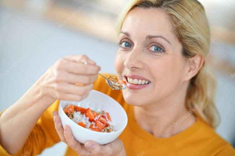 Как пересмотреть питание после 40 лет, чтобы не набрать лишних килограмм