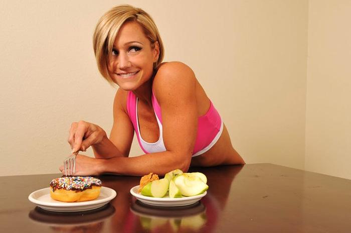 Почему диету по принципу «читмил» не одобряют диетологи
