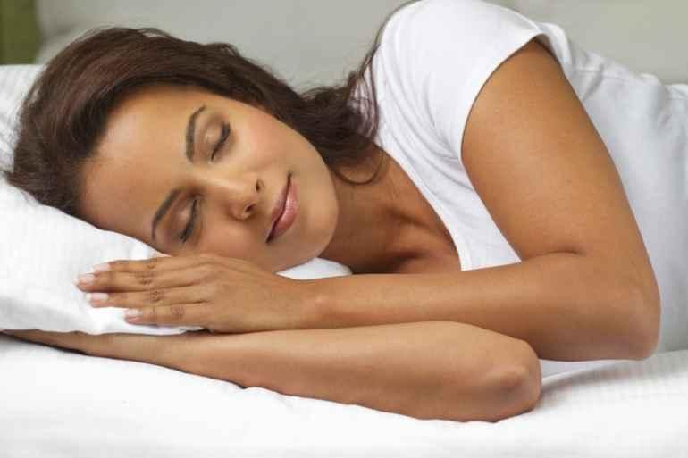 5 причин, почему от недосыпа хочется есть больше