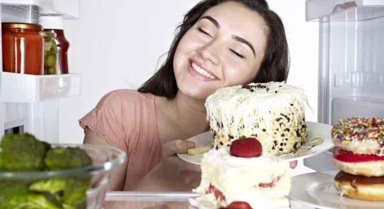 Когда лучше нарушить диету, чтобы не сорваться с нее