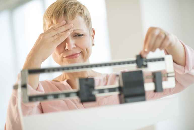 5 плохих привычек, от которых неизбежен лишний вес после 40