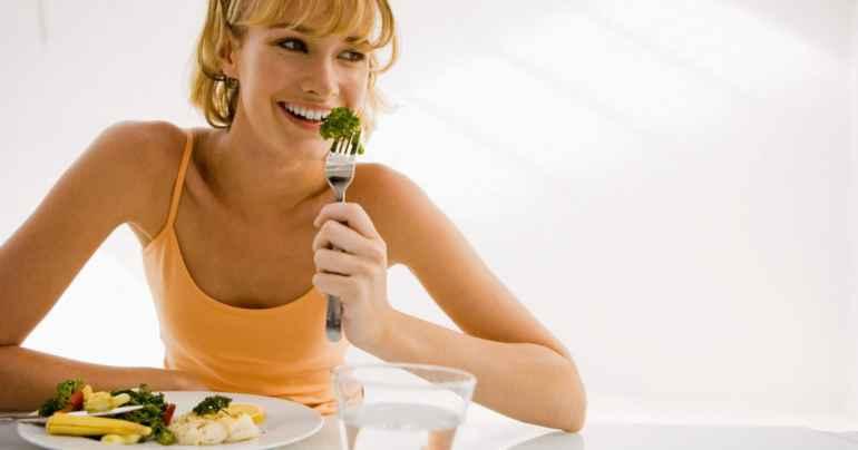 Как завершить диету и не начать набирать вес снова