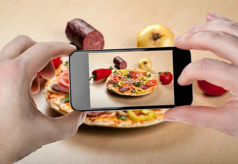 Почему привычка фотографировать свою еду полезна для фигуры