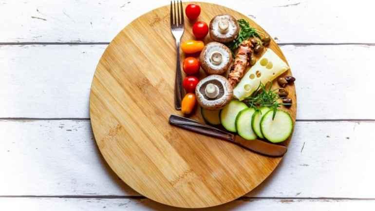 5 продуктов, от которых стоит отказаться на интервальном голодании, чтобы похудеть