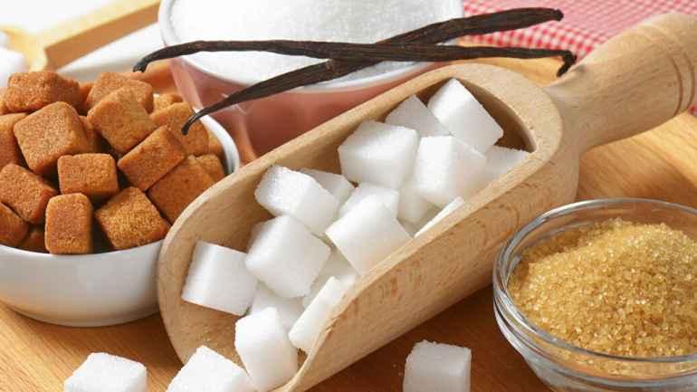 Чем тростниковый сахар лучше привычного белого, если по калорийности они почти одинаковы