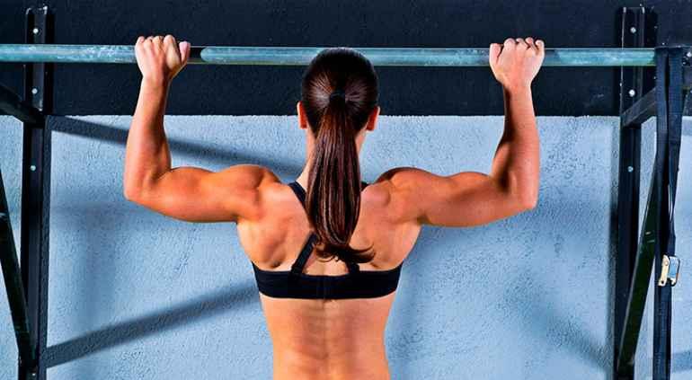 Как с помощью подтягиваний сделать спину красивой а руки тонкими