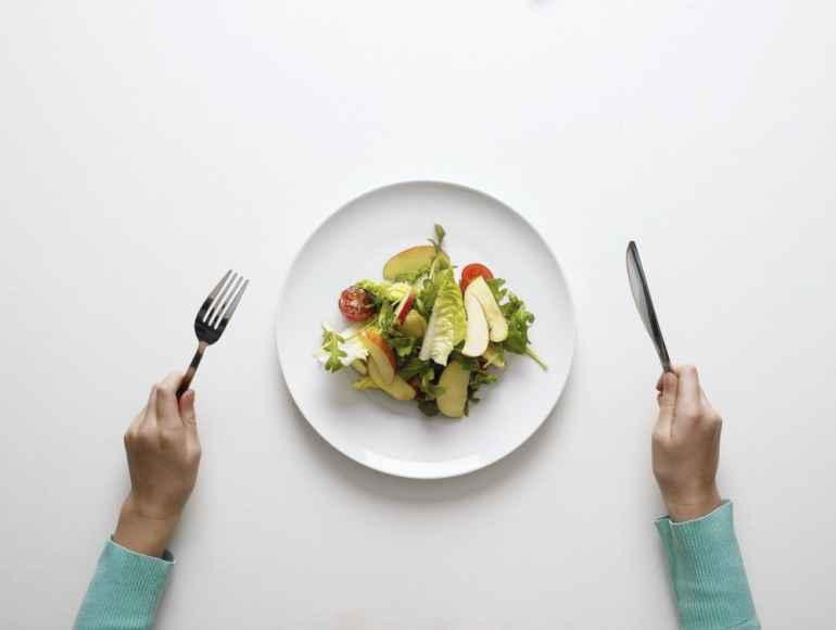 5 проверенных способов научиться есть меньше
