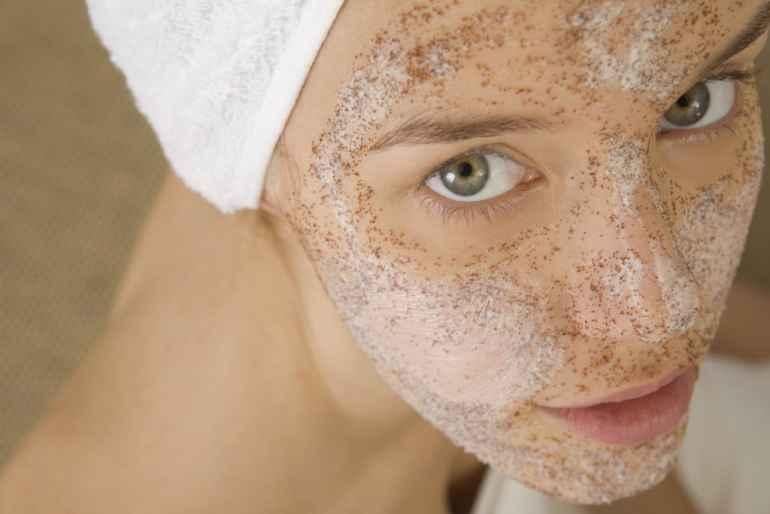 Мягкий пилинг из отрубей для чувствительной кожи