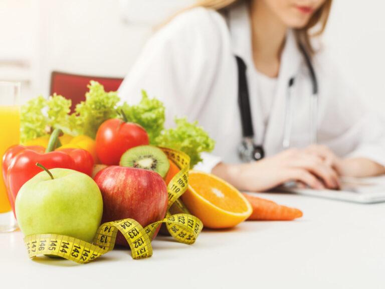 5 мифов о диетах, которые разоблачают диетологи