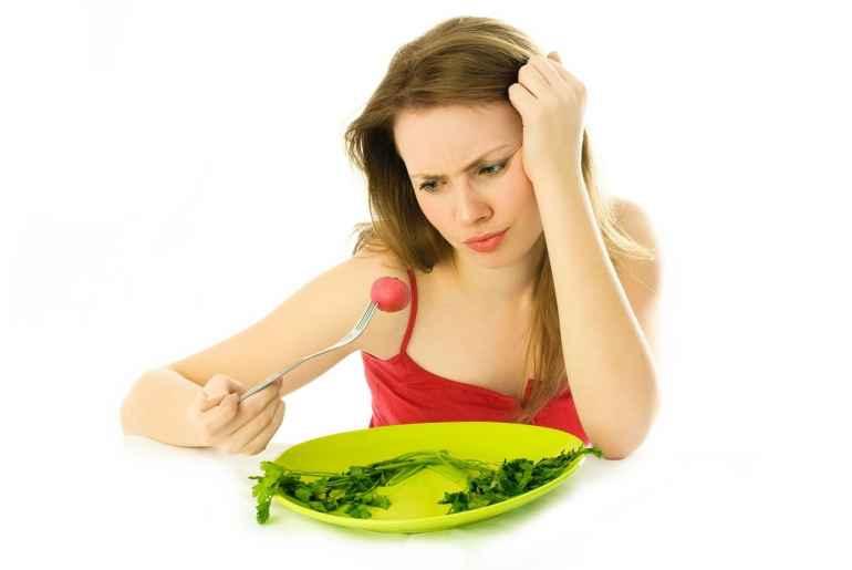 Чем могут быть опасны быстрые диеты и почему их стоит избегать
