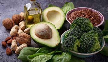 8 продуктов, которые помогут замедлить старение