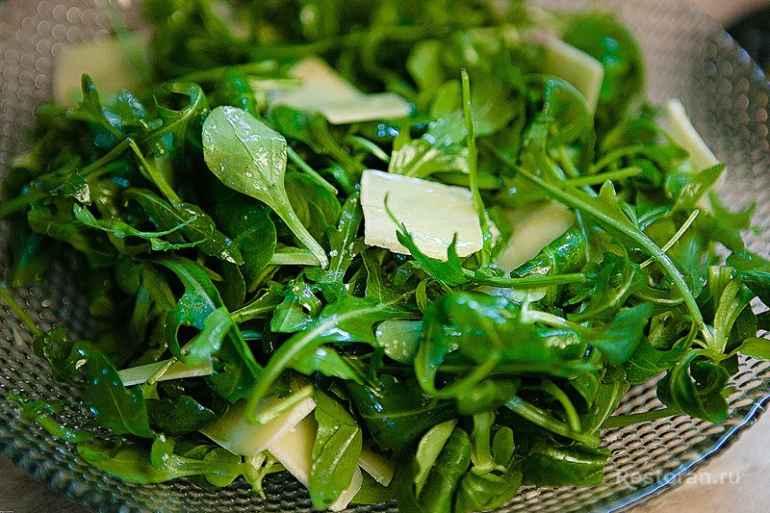 5 видов салатной зелени, которая способствует похудению