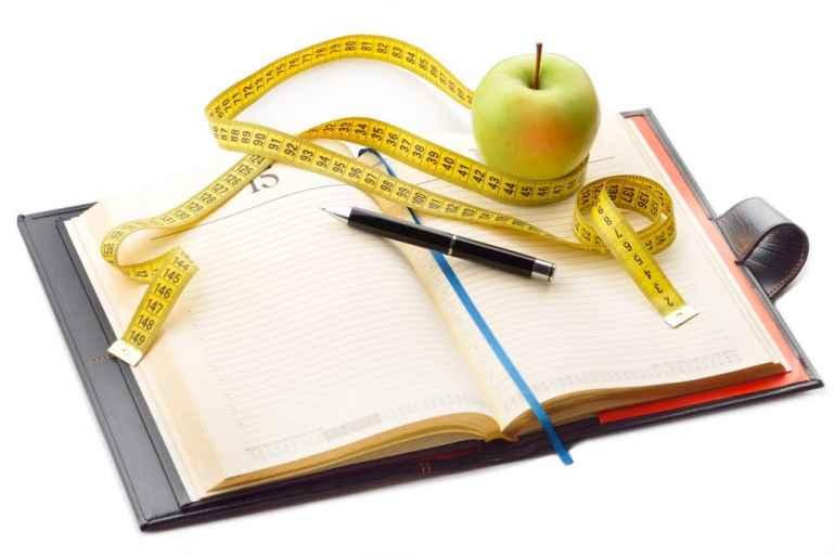 Зачем необходимо вести дневник питания всем, кто имеет лишний вес