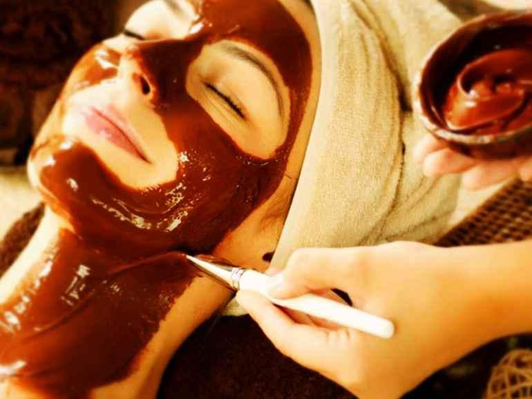 Придаем коже сияния и здорового блеска с помощью какао-порошка и экстракта алоэ-вера