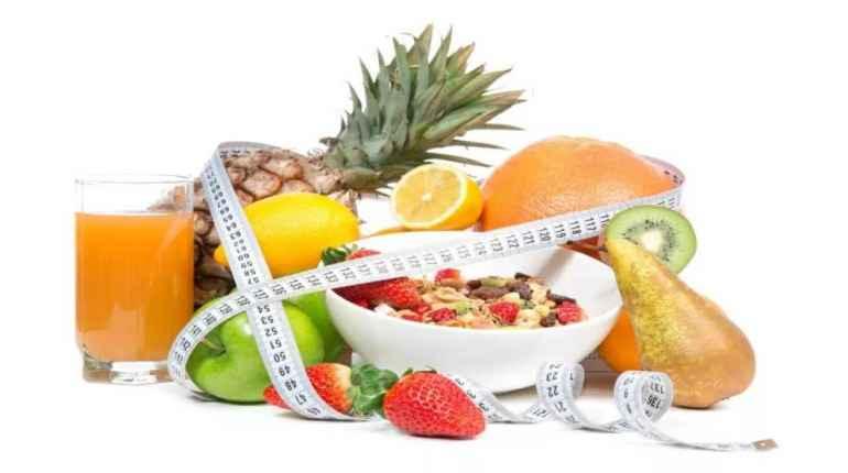 Как витамин С влияет на вес и помогает худеть