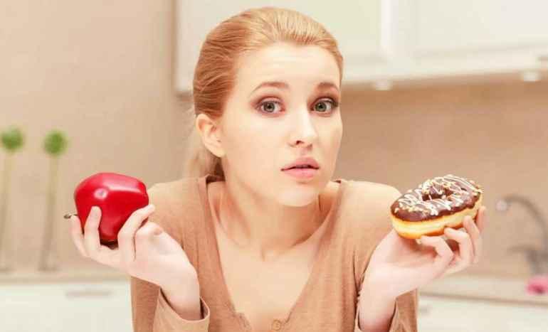 6 безобидных сладостей, которые беспощадно портят талию