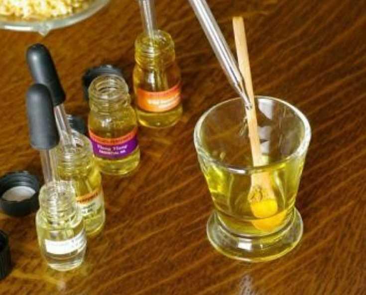Как сделать самостоятельно духи из эфирных масел